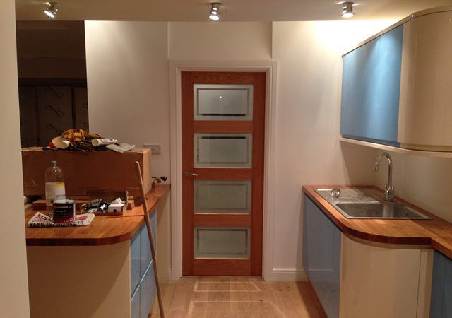 kitchen fitters 2